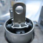 Hochleistungs-Montagesystem_Gummi-Schwingungsdämpfer_mit_Stahlteil