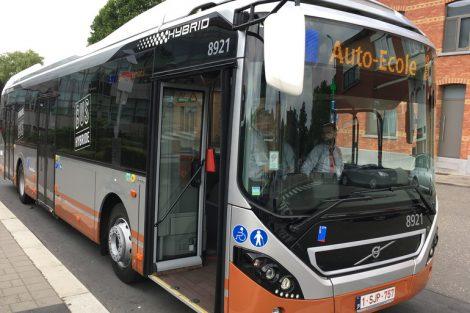 Hybridbus_Volvo_7900_H,_Bruessel.jpg