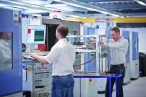 Komponenten-und-Systemtests-Phoenix-Testlab-Batterien