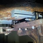 NSK02-Part-washer_Linear-guide_Close-up.jpg