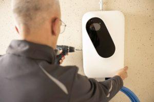 Installation_der_11-kW-Ladebox