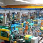 Blick_in_die_Produktion_im_Werk_Illertissen_der_WeissKunststoffverarbeitung